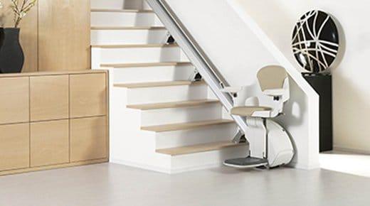 monte escalier pour personne g e tarifs et conseils. Black Bedroom Furniture Sets. Home Design Ideas