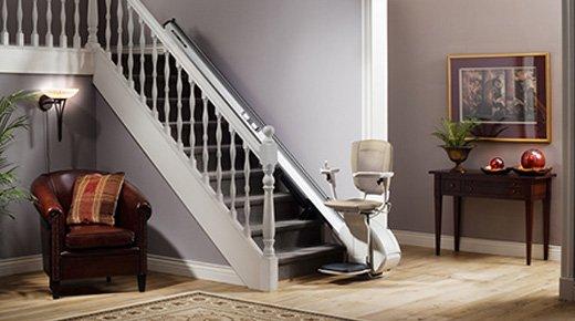 chaise pour monter les escaliers beautiful nos siges with chaise pour monter les escaliers. Black Bedroom Furniture Sets. Home Design Ideas