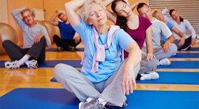 Des exercices faciles pour seniors à pratiquer tous les jours