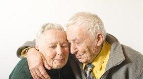 couples de personnes âgées