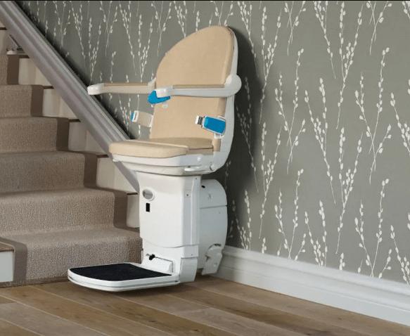 monte-escalier-discret