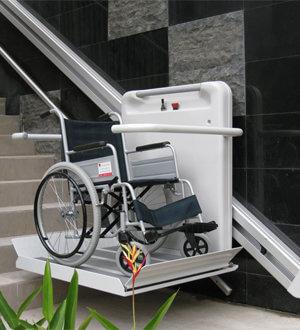 plateforme-stannah-fauteuil-roulant-min